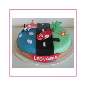 torta con pasta di zucchero tema cars Disney