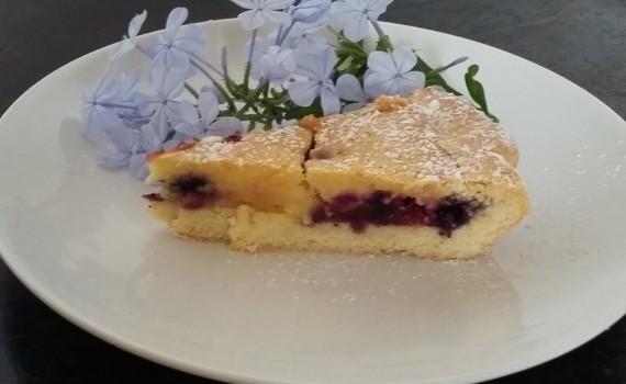 torta frutti di bosco e panna acida