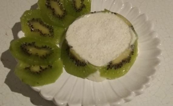tortine kiwi e cocco decorate
