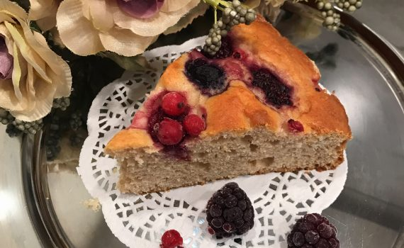 ricetta torta con ricotta e frutti di bosco