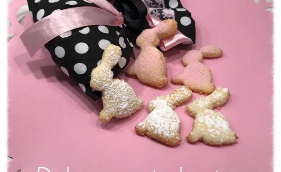 Biscotti con farina di riso e cocco a forma di coniglietto - Pasqua