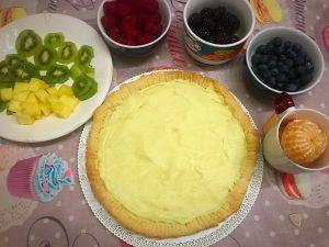 crostata all frutta con crema